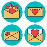 Insieme della lettera di amore Busta con cuore Immagini Stock