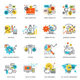 Insieme della linea piana icone di progettazione dell'introduzione sul mercato di Internet e dell'affare online