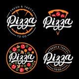 Insieme della mano della pizza scritto segnando logo con lettere, etichetta, distintivo Fotografia Stock Libera da Diritti