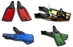 Insieme delle alette di nuotata multicolori, della maschera e della presa d'aria per tuffarsi Fotografia Stock Libera da Diritti