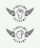 Insieme delle arti marziali miste d'annata o del logos del club di combattimento, emblemi illustrazione di stock