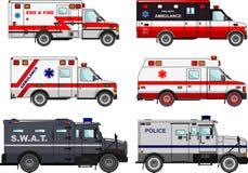Insieme delle automobili differenti del camion dei vigili del fuoco, della polizia e dell'ambulanza nello stile piano su fondo bi Fotografia Stock