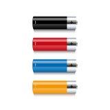 Insieme delle batterie variopinte su fondo bianco illustrazione vettoriale