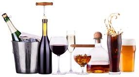 Insieme delle bevande alcoliche e dei cocktail differenti Fotografia Stock