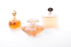 Insieme delle bottiglie di profumo di lusso Immagini Stock Libere da Diritti