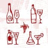 Insieme delle bottiglie e dei bicchieri di vino dell'alcool royalty illustrazione gratis