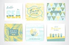 Insieme delle carte di estate con gli elementi del a mano disegno Fotografie Stock