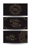 Insieme delle carte di regalo con gli elementi floreali dell'oro ed il modello senza cuciture Fotografia Stock