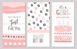 Insieme delle cartoline d'auguri di compleanno e dei modelli dell'invito del partito con gli elementi disegnati a mano svegli Ill royalty illustrazione gratis