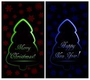 Insieme delle cartoline di Natale con l'albero di Natale al neon astratto verde e blu con i fiocchi di neve royalty illustrazione gratis