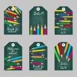 Insieme delle etichette con le matite multicolori ] illustrazione di stock