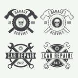 Insieme delle etichette d'annata, degli emblemi e del logo del meccanico Illustrazione di vettore Fotografia Stock Libera da Diritti