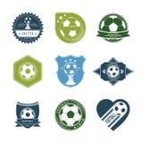 Insieme delle etichette d'annata di calcio con l'immagine della palla Immagini Stock Libere da Diritti