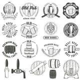 Insieme delle etichette della birra, dei distintivi e degli elementi di progettazione illustrazione di stock