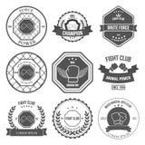 Insieme delle etichette miste di arti marziali, distintivi illustrazione di stock