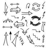 Insieme delle frecce disegnate a mano su fondo bianco Fotografie Stock Libere da Diritti