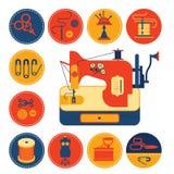 Insieme delle icone con il cucito e l'adattamento dei simboli Immagine Stock