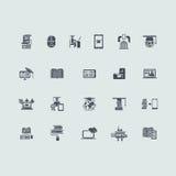 Insieme delle icone di apprendimento a distanza Immagine Stock