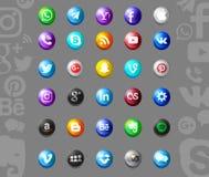 Insieme delle icone sociali popolari di media immagine stock