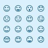 Insieme delle icone sorridente con differenti emozioni Fotografia Stock Libera da Diritti