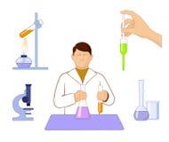 Insieme delle icone sull'edizione di chimica su fondo bianco Immagine Stock Libera da Diritti