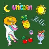 Insieme delle illustrazioni disegnate a mano di un unicorno magico e degli attributi differenti Illustrazione di vettore Immagini Stock Libere da Diritti