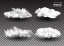 Insieme delle nuvole bianche lanuginose Elementi realistici di progettazione di vettore effetto del fumo su fondo trasparente Ill royalty illustrazione gratis