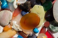 Insieme delle pietre preziose minerali naturali Fotografia Stock