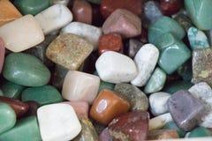 Insieme delle pietre preziose minerali naturali di vario tipo Immagini Stock Libere da Diritti