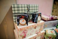 Insieme delle scatole sveglie con i regali di Natale Immagine Stock Libera da Diritti