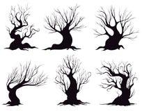 Insieme delle siluette differenti degli alberi di fantasia isolati su fondo bianco illustrazione vettoriale