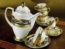Insieme delle tazze antiche di caffè e del tè fotografia stock libera da diritti