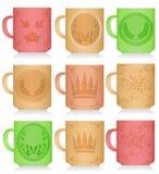 Insieme delle tazze colorate multi con i modelli Fotografia Stock Libera da Diritti