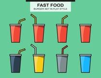 Insieme delle tazze degli alimenti a rapida preparazione, colori differenti nello stile piano Immagini Stock