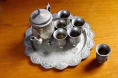 Insieme delle teiere d'argento antiche Immagini Stock