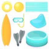 Insieme di attrezzatura per ricreazione di estate, per gli sport e lo spettacolo sull'acqua e sotto acqua Fotografie Stock