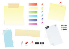 Insieme di carta degli articoli per ufficio degli autoadesivi del post-it e delle note Fotografia Stock Libera da Diritti