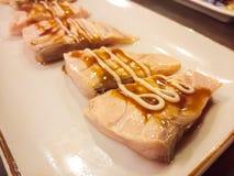 Insieme di color salmone del sashimi giapponese degli alimenti fotografia stock libera da diritti