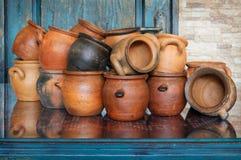 Insieme di cottura delle tazze dell'argilla Fotografia Stock