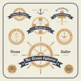 Insieme di etichette nautico d'annata su fondo leggero Fotografia Stock