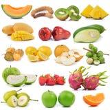 Insieme di frutta su fondo bianco Immagine Stock
