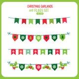 Insieme di Garland And Flags Decoration Elements di Natale Vettore di vacanze invernali Immagine Stock Libera da Diritti