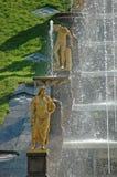 Insieme di grande cascata in Petrodvorets Immagine Stock Libera da Diritti