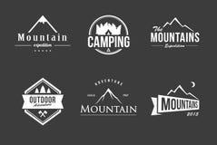 Insieme di logo della montagna Fotografie Stock Libere da Diritti