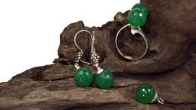 Insieme di pietra verde del gioiello immagine stock libera da diritti