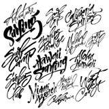 Insieme di praticare il surfing l'iscrizione moderna della mano di calligrafia per la stampa di serigrafia Fotografie Stock