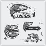 Insieme di retro etichette di pesca, distintivi, emblemi ed elementi di progettazione Progettazione d'annata di stile Fotografie Stock Libere da Diritti