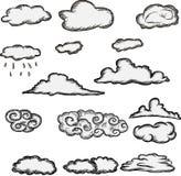 Insieme di retro nuvole disegnate a mano Immagini Stock Libere da Diritti