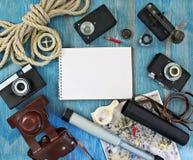 Insieme di retro oggetti per i turisti Fotografie Stock