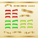 Insieme di rosso, oro e nastri ed insegne verdi Fotografia Stock
